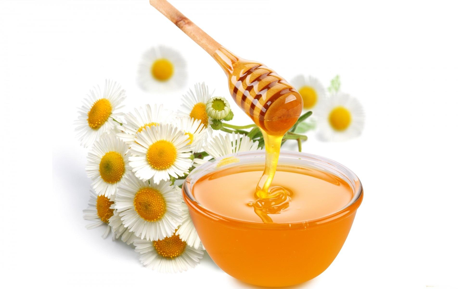 Celebrul şi căutatul remediu pentru toate bolile: miere cu scorţişoară.