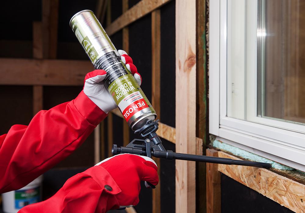 Cum să alegi spuma poliuretanică potrivită, atunci cand ai de montat o fereastra sau de etansat goluri
