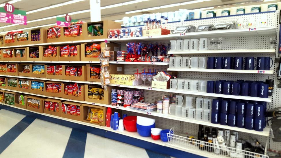 Rafturile metalice și creșterea vânzărilor într-un magazin