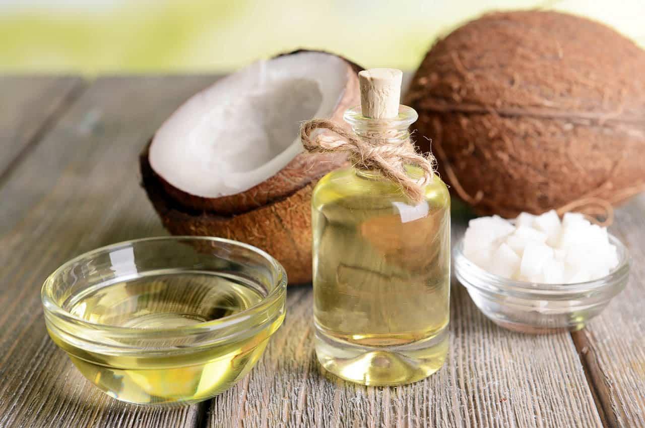 Utilizări ale uleiului de cocos în gospodărie