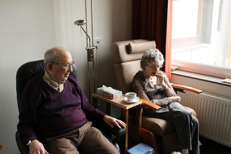 Ce trebuie să aibă un cămin de bătrâni unde ti-ar plăcea și ție să locuiești