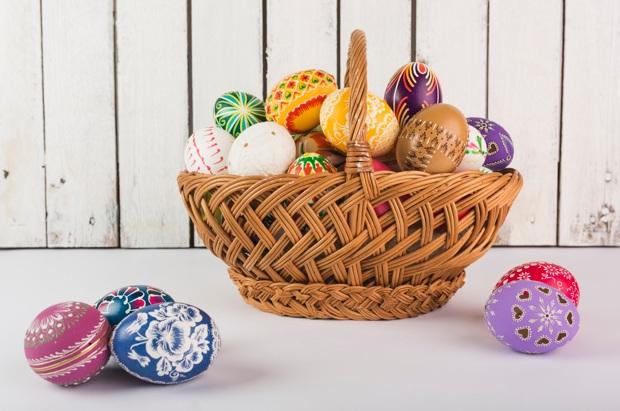 Scurt ghid despre decorarea ouălor de Paşte